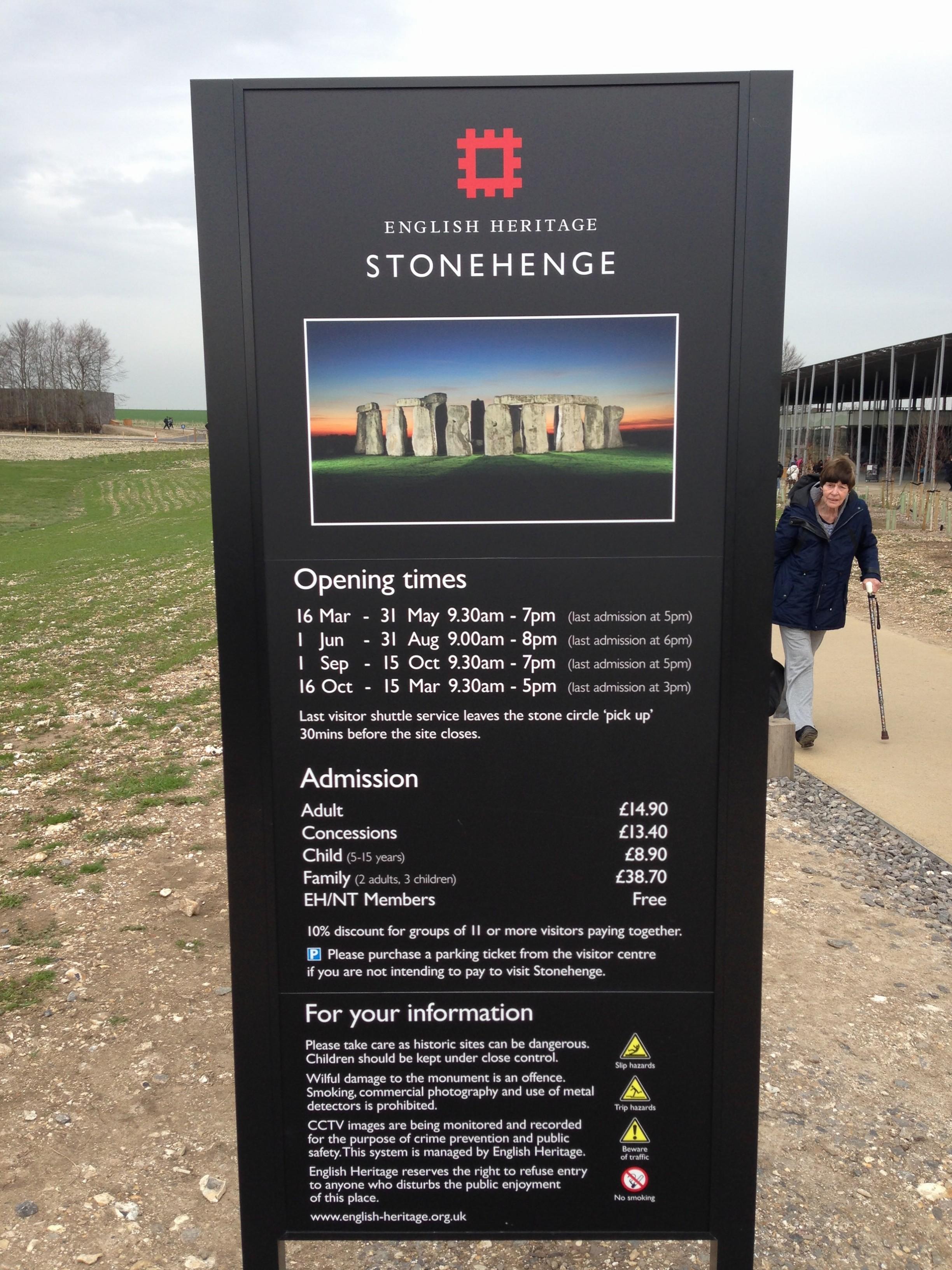 Stonehenge 02